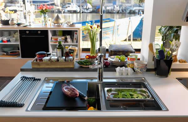 UniPrice Design in Cucina Franke Frames