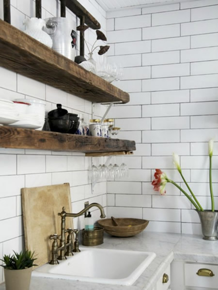 Una Cucina per il Cucinino Mensole a Vista